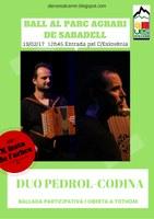 DANSES AL CARRER DE SABADELL: Ballada amb el duo PEDROL-CODINA per la X Festa de l'arbre de la UES al Parc Agrari de Sabadell
