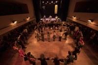 Ballar Grècia a Gràcia al Tradicionàrius